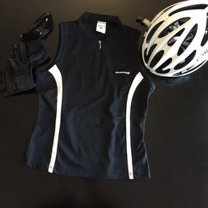 ✨SUGOi cycling Jersey - Large & made in Canada✨